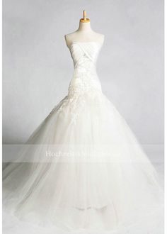 brautkleid Retro Wedding Dresses, Wedding Dress 2013, Wedding Dress Accessories, Colored Wedding Dresses, One Shoulder Wedding Dress, Wedding Gowns, Dream Wedding, Wedding Dreams, Wedding Things