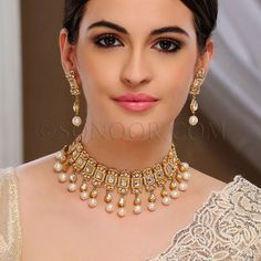 Indian Bridal Necklaces: Are you looking for Indian Bridal Necklaces? Buy latest Indian Necklace, Indian Bridal Necklaces, Indian Traditional Necklaces, Indian Wedding Necklaces Indian Traditional Necklaces new designs in best prices. Silver Jewellery Indian, Indian Wedding Jewelry, Bridal Jewelry, Gold Jewelry, Indian Bridal, Pakistani Jewelry, Gold Bangles, Glass Jewelry, Silver Bracelets