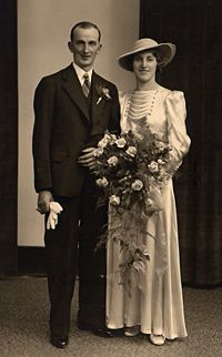 1930-1940s bride and groom.