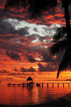 Sunset in Tahiti  ( by Humberto Bianco )