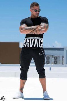 Mindset: 👊🏽💯 The Savage Tee has almost sold out! Who wants to see us bring it back again! Gym Singlets, Athleisure Outfits, Gym Outfits, Athletic Build, Workout Accessories, Training Pants, Gym Wear, Powerlifting, Bodybuilder