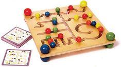 planche de motricité en bois jouet en bois Labyrinth Game, Gadgets, Wooden Table Top, Kids Board, Sensory Toys, Wood Toys, Diy Toys, More Fun, Triangle
