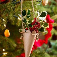 Homemade Cornucopia Christmas Ornament     made from brown a grocery bag, found this on Good Housekeeping,com