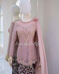 Kebaya Pink, Brokat, Iphone Wallpaper, Ivory, Dresses With Sleeves, Formal Dresses, Long Sleeve, Instagram, Fashion
