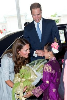 Kate Middleton Photos - Will and Kate Visit Malaysia - Zimbio