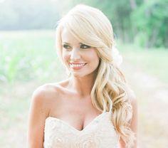 Best Wedding Hairstyles For Bridesmaids Side Curls Updo Ideas Wedding Hair Half, Vintage Wedding Hair, Wedding Veils, Side Swept Hairstyles, Down Hairstyles, Trendy Hairstyles, Gorgeous Hairstyles, Hairstyles 2018, Bridal Hair