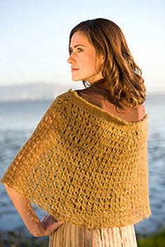 Ravelry: Broomstick Lace Capelet pattern by Kate Pullen