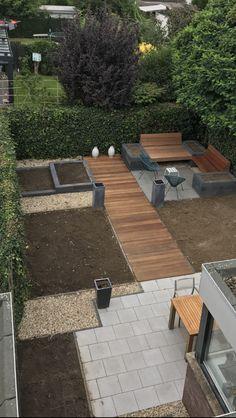 how make roof garden Backyard Walkway, Small Backyard Landscaping, Walkway Ideas, Small Backyard Design, Backyard Garden Design, Back Gardens, Small Gardens, Garden Paving, Plantar