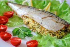 Mackerel stuffed with egg and cheese - My boss cooking Fish And Seafood, Baked Potato, Tacos, Yummy Food, Delicious Recipes, Eggs, Cheese, Meat, Chicken