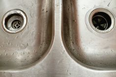 Stainless Steel Cleaning Tips: Lemon juice and baking soda: Create a paste from equal parts lemon juice and baking soda, then scrub with a damp sponge. For tougher stains, leave the paste on for 15-30 minutes, then wipe clean.