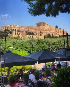 Athens Greece, Travel Inspiration, Beautiful Places, Patio, Mansions, House Styles, City, Outdoor Decor, Greece