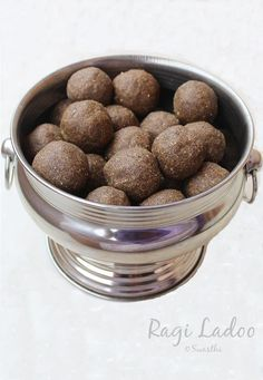 Ragi ladoo recipe - Delicious nachni ladoo made with ragi flour,peanuts, sesame seeds & other ingredients. I often make ragi recipes at home for my family Indian Dessert Recipes, Indian Sweets, Sweets Recipes, Baby Food Recipes, Snack Recipes, Easy Sweets, Indian Recipes, Healthy Recipes, Laddoo Recipe