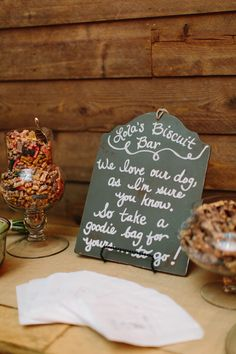 Love this idea for dog treats as wedding favors!