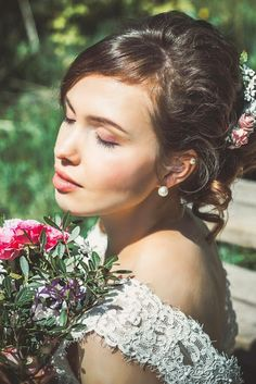 Extraordinary wedding arrangement for special ceremony