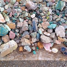"""""""Just a little semi precious scrap sale on a cliff next to the Rio Grande. I love obsessive mining people. @helen_levi treated me to a whole goody bag,…"""""""