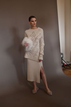 A knit set from #Altuzarra fall '20 during Paris Fashion Week in February. #fashiontrends #falltrends #comfychic #comfyoutfits Early Fall Fashion, Fall Fashion Trends, Fall Trends, Autumn Fashion, Comfy Shoes, Comfortable Shoes, New York Fashion, Paris Fashion, Matches Fashion