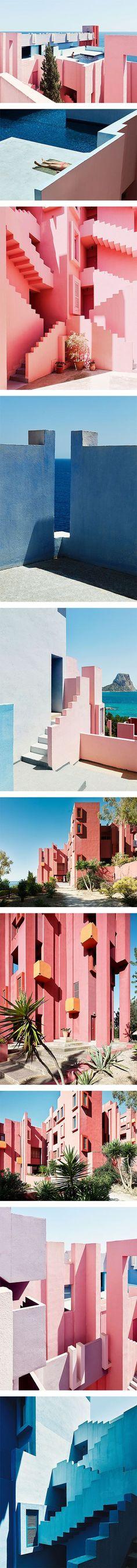 La Muralla Roja by Ricardo Bofill on Nuji.com #murallaroja #ricardobofill…