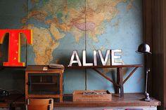 Fransk Bazar Oslo, Interior Inspiration, Desk, Furniture, Home Decor, Desktop, Decoration Home, Room Decor, Writing Desk