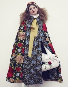 """proper winter attire from glamour. glamour: """" LIndsey Wixson is a winter princess for December's Vogue Nippon. Styled by Giovanna Battaglia and photographed by Emma Summerton. Fashion Week, Trendy Fashion, High Fashion, Winter Fashion, Japan Fashion, Lindsey Wixson, Haute Couture Style, Vogue Japan, Vogue Russia"""