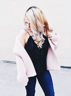 Pink Moto Jacket Outfit - Pink Moto Jacket Style Inspriation - How to Style a Pink Moto Jacket - Wha Dressy Summer Outfits, Spring Work Outfits, Mom Outfits, Simple Outfits, Date Night Fashion, Anniversary Sale, Moto Jacket, Jacket Style, Everyday Fashion
