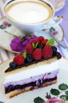 Blaubeer-Joghurt Torte Cake Design by Back Bienchen
