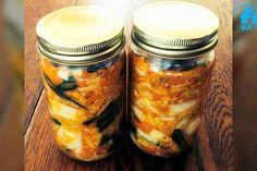 Ob fernöstlich oder klassisch deutsch, fermentierte Lebensmittel wie Kimchi oder Sauerkraut sind gesund. So kannst du den probiotischen Genuss selbst zubereiten.