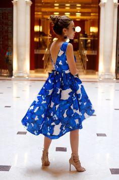 http://www.shallwesasa.com/2015/08/how-to-wear-blue-floral-high-low-dress-blue-tassel-earrings.html