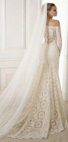 Stunning gowns wedding dress