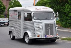 Wir suchen einen Spediteur! Steyr, Classic Trucks, Recreational Vehicles, Transportation, Cars, Retro, Vintage Cars, Classic Pickup Trucks, Camper Van