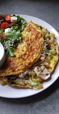 Omelette farcie aux pommes de terre et légumes - My tasty cuisine
