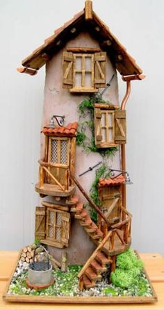 coppo tegola 1 Clay Houses, Ceramic Houses, Miniature Houses, Clay Fairy House, Fairy Garden Houses, Gnome House, Hobbies And Crafts, Diy And Crafts, Popsicle Stick Houses