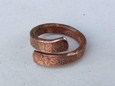 Gehämmert Kupfer Ring.  Steampunk Kupfer Ring, Wikinger Kupfer Ring.Verstellbar…