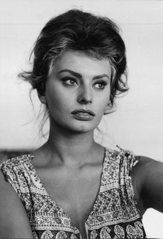 Sophia Loren photographed by Alfred Eisenstaedt for LIFE, 1961.