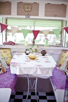 Pimp my Caravan: Got a mobile home that's in need of an interior refresh? Here are some decorating ideas: http://www.wallsandfloors.co.uk/blog/pimp-my-caravan-interior-design-tips/