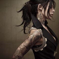 Kat Von D. #tattoo - Love the photo!