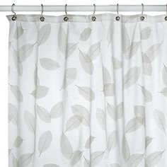 This soft leaf design printed on a frosty background will create a relaxed and comfortable setting for your bathroom. Its vinyl construction is soft to the touch and drapes beautifully.