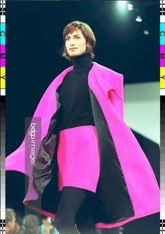 Yasmeen Ghauri for Donna Karan F/W 1994 Fashion Watches, 90s Fashion, Super 4, Donna Karan, Stitch Fix, Supermodels, Tights, Fall Winter, Spring Summer