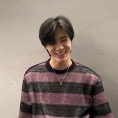 Nct Dream Profile, Korea Boy, Nct Life, Jeno Nct, I Give Up, Indie Kids, Rare Photos, Beautiful Smile, K Idols