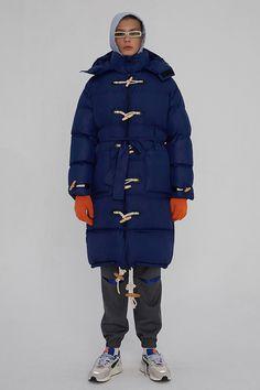ADER ERROR FALL/WINTER 19 LOOKBOOK - StreetWearBible Unisex Fashion, Fashion Brand, Fashion Art, Kids Fashion, Man Fashion, Fashion Design, Ader Error, Men Looks, Windbreaker Jacket