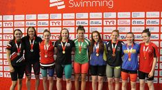 Jane Brown claims gold in 200m IM on day three | Summer Meet