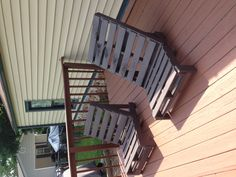 Pallet chairs for deck