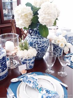 Armonia Decors: Styled by Emily Ruddo. Traditional Blue and White tablescape with white flowers