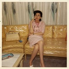 Plastic on the sofa - everything about this photo says '60's'