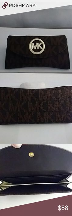 NWT MK CHECK BOOK WALLET BROWN NWT MK CHECKBOOK WALLET BROWN  LEATHER GOLD HARDWARE michael korr Bags Wallets