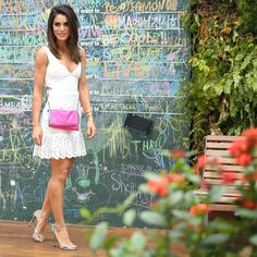 Look do dia: White Dress in São Paulo! Lace Skirt, Lace Dress, White Dress, Black Bodycon Dress, White Outfits, Rock Style, Summer Looks, Stuart Weitzman, Girl Fashion