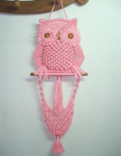 Items similar to Pink Owl and its Nest on Etsy Macrame Plant Hanger Patterns, Macrame Plant Hangers, Macrame Patterns, Macrame Owl, Macrame Knots, Micro Macrame, Weaving Projects, Macrame Projects, Crochet Projects