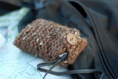 The Sitting Tree: Free Knitting Pattern: Electronics Cozy
