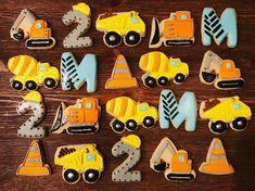 4 Year Old Boy Birthday, Cupcake Birthday Cake, Birthday Cookies, 3rd Birthday Parties, 2nd Birthday, Birthday Ideas, Construction Party Cakes, Construction Cupcakes, Construction Birthday Parties