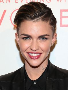 Ruby Rose Langenheim (born March better known as Ruby Rose, is an Australian model and MTV VJ. Stay up to date on Ruby Rose and track Ruby Rose in pictures and the press. Orange Is The New Black, Short Blonde, Blonde Hair, Medium Hair Styles, Short Hair Styles, Instant Face Lift, Short Hair Cuts, Pixie Cuts, Girl Crushes