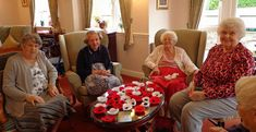 Marie, Jose, Edna & Doreen - Fairfax Court Yarnstormers (Thanks too, to Maureen who has also been knitting poppies but couldn't join us . Knitted Poppies, Birthday Party At Park, Red Poppies, Lady